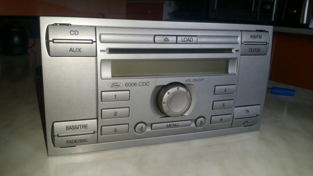 Sistem audio Ford