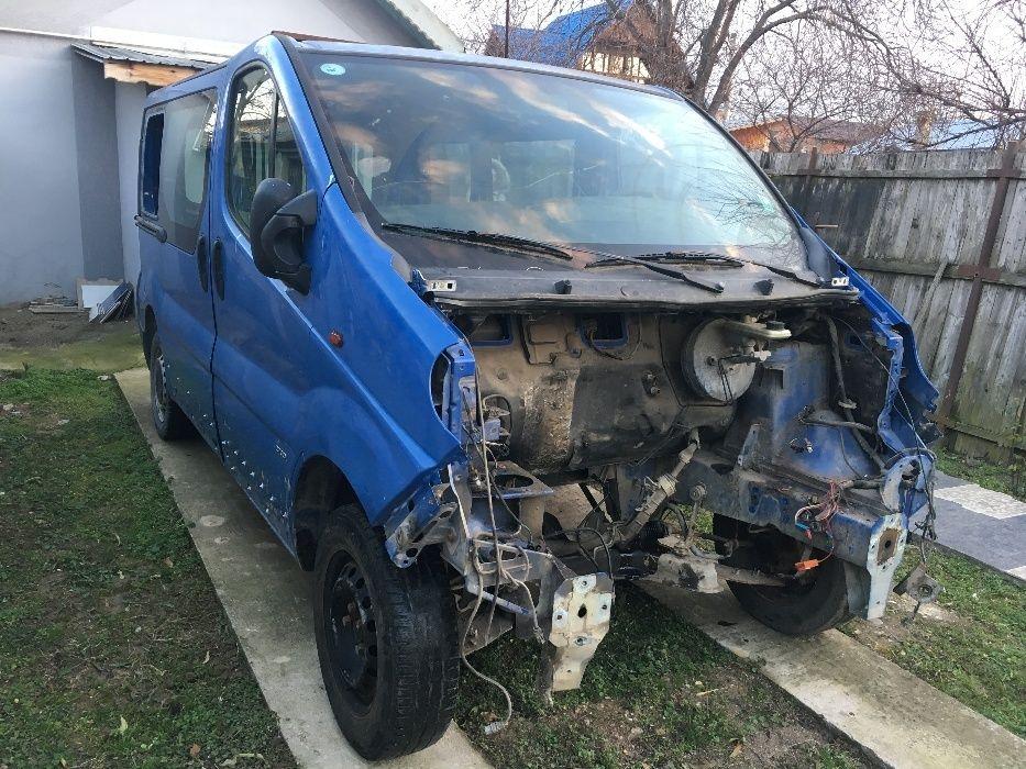 Dezmembrez Renault Trafic 1.9dci 101cp/Opel Vivaro 1.9dci 101cp F9Q