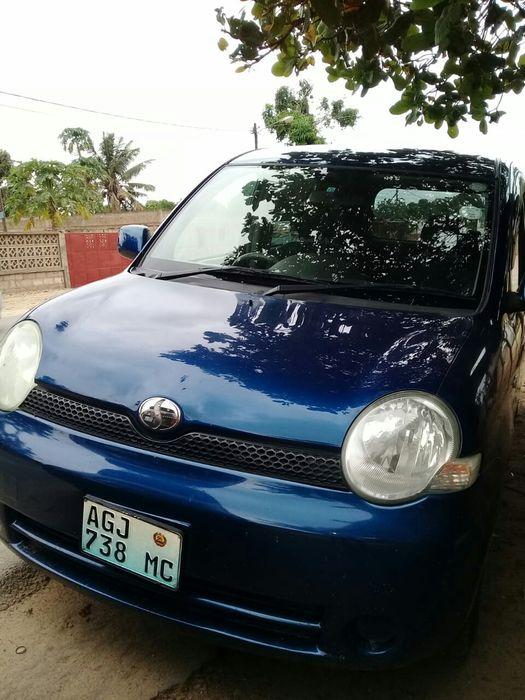 Vendo Toyota Sienta clean