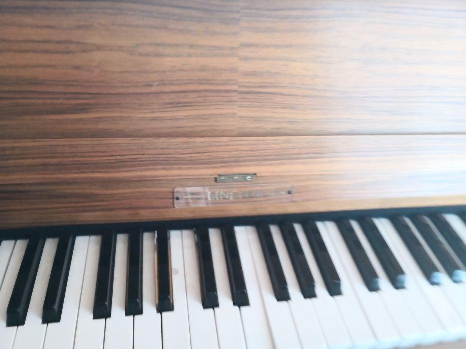 Vand pianina Lindner englezeasca