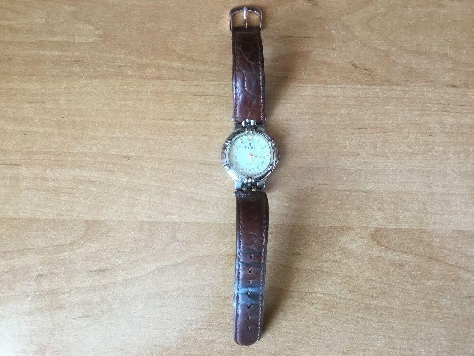 Продаю женские часы Rivoli.