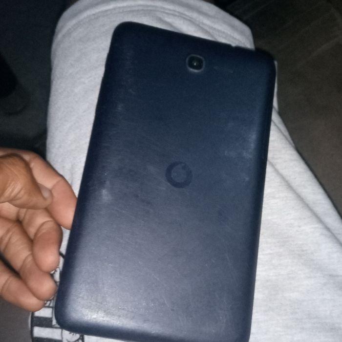 Celular Tablet em bom estado apenas 1600 Cidade de Matola - imagem 5
