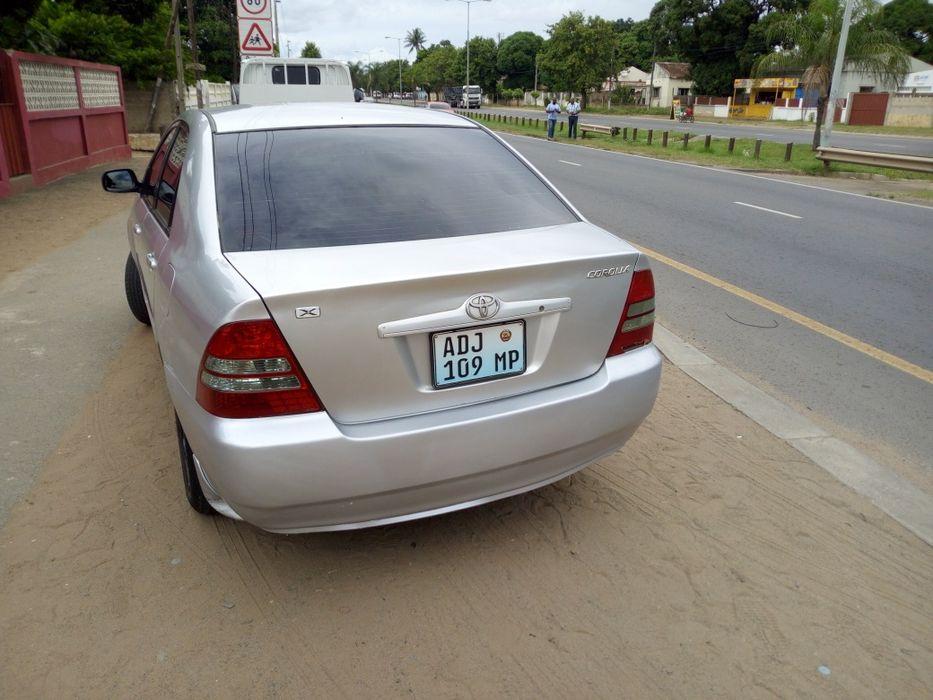 Toyota Corrola Escova Cidade de Matola - imagem 5