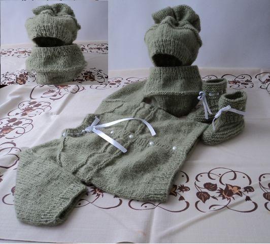 детска жилетка, шапка, шал, терлички