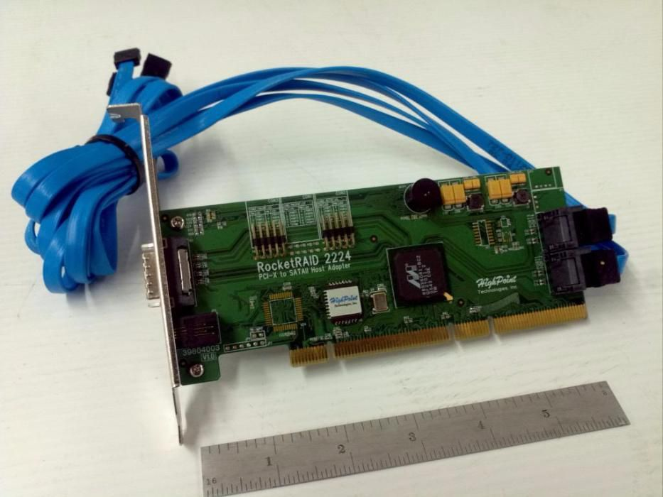 Controler RAID HighPoint RocketRAID 2224 cu rack HighPoint X4