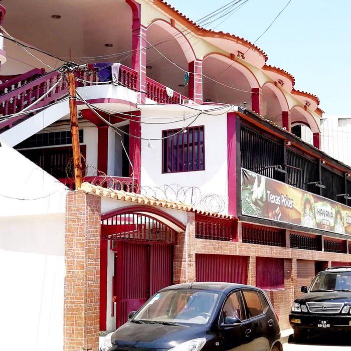 Vendemos Espaço Comercial e Habitacional Via Expressa ref. UNIBELAS
