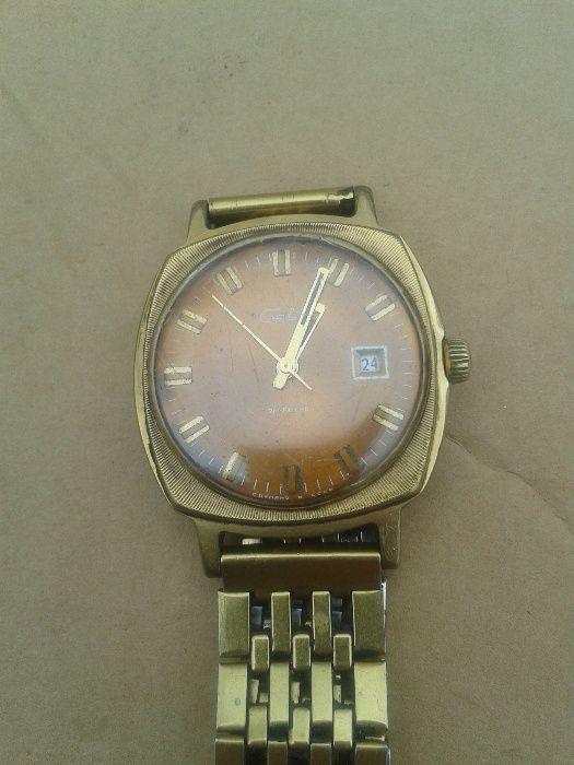 Часы продам ссср механические в черногорске старинные часы продать