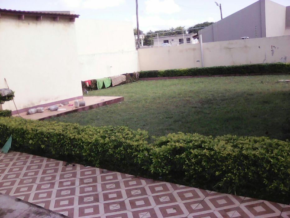 Vendo esta mancao en malhatsene super luchuoza no condominio Cidade de Matola - imagem 4