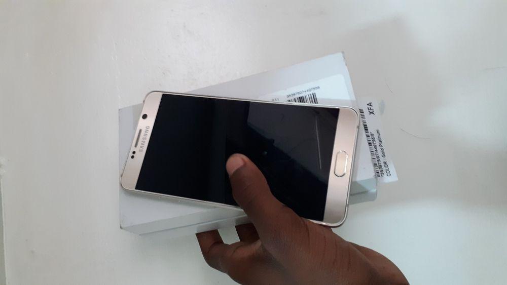 Galaxy Note 5 na caixa