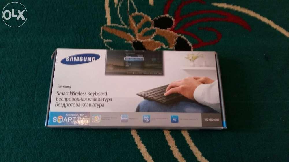 Продам безпровадная клавиатура Smart TV