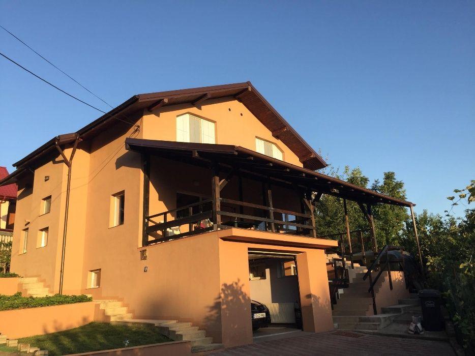 Vila Hlincea,240 mp utili construiti,linga manastire si padurea de pin