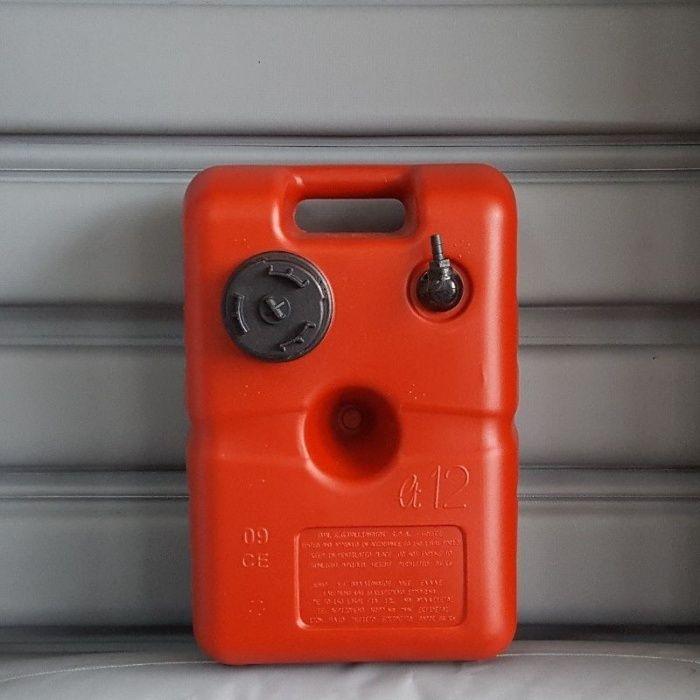 Резервоар за бензин 12 l за извънбордов двигател. Бака за гориво.