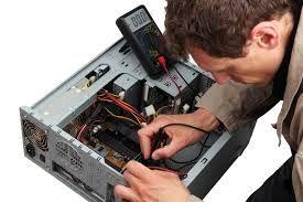 há vaga de técnicos de informática
