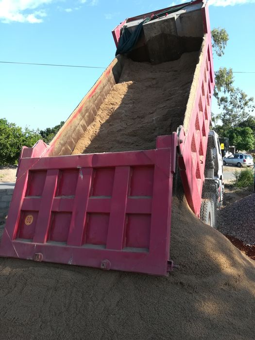 Vendo pedra e areia para construção 24metros cúbicos Bairro do Jardim - imagem 4