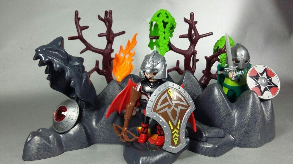Lego cavaleri legendari și dragonul adormit cu sabia dreptăți și rubin