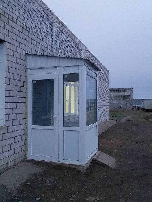 Алюминиевые окна двери витражи и пластиковые окна двери балконы !!!