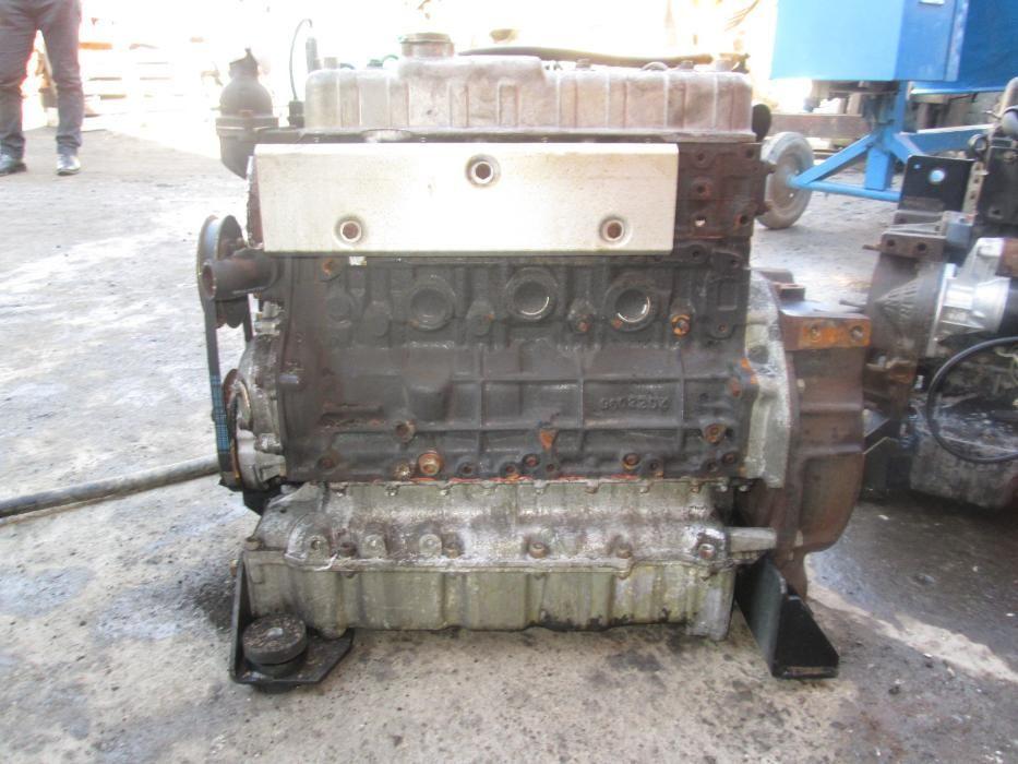 Motor Isuzu 4 pistoane