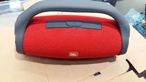 Sound boombox na caixa