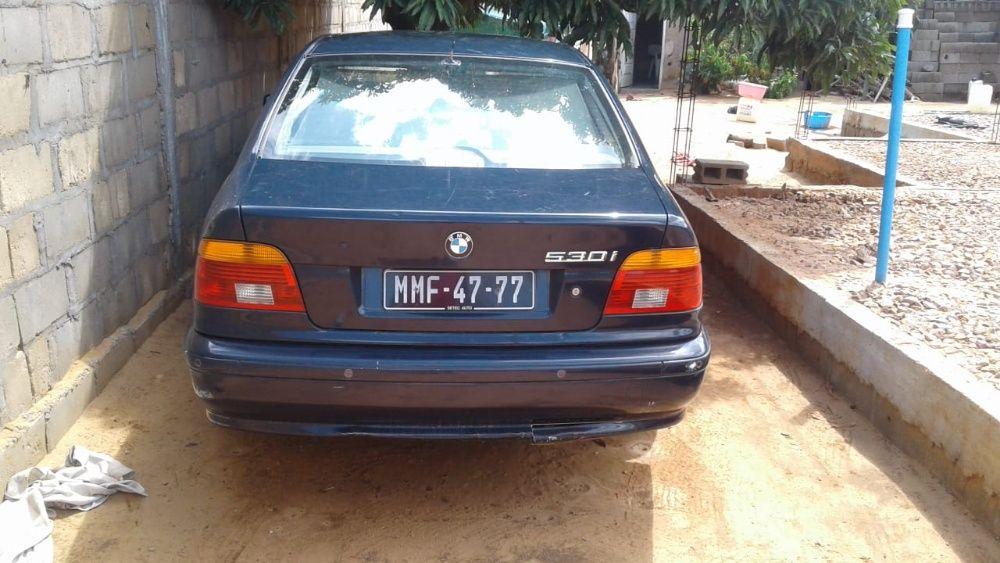 BMW Manual 530i