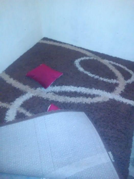 Temos tapetes para sala de estar ou quarto.