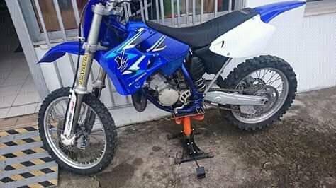 Yamaha yz 125 ducumentada