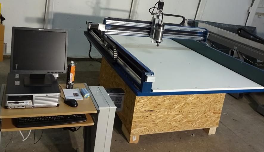 Router CNC ,CNC curse utile 1750x1100x100mm ,MASINA FREZAT