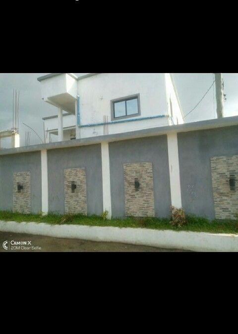 Vendo casa R/C no estoril bem localizada (84420.3509)
