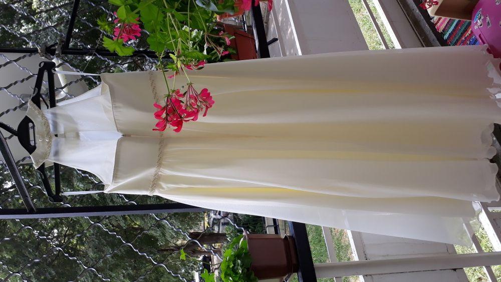 Сватбена рокля за бременна жена