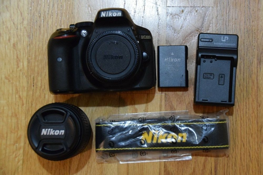 Nikon D5300 Digital SLR Camera +258665110105