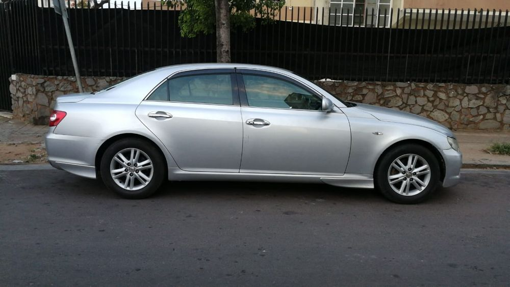 Vende-se Toyota Mark x