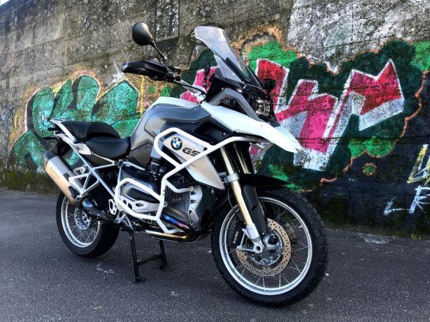 moto bmw bonito