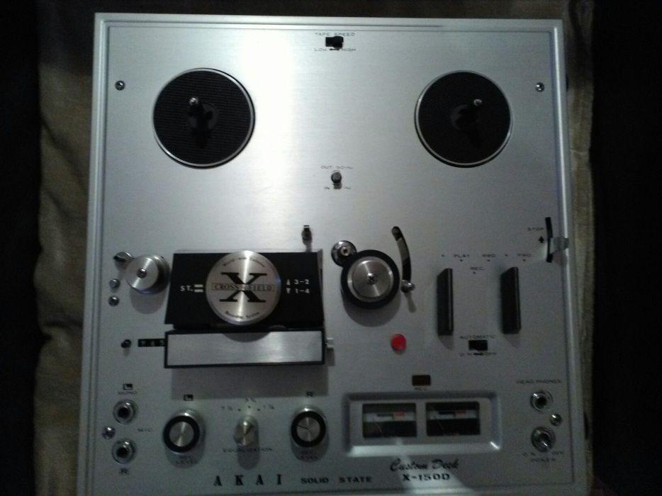 Magnetofon Akai X 150 D