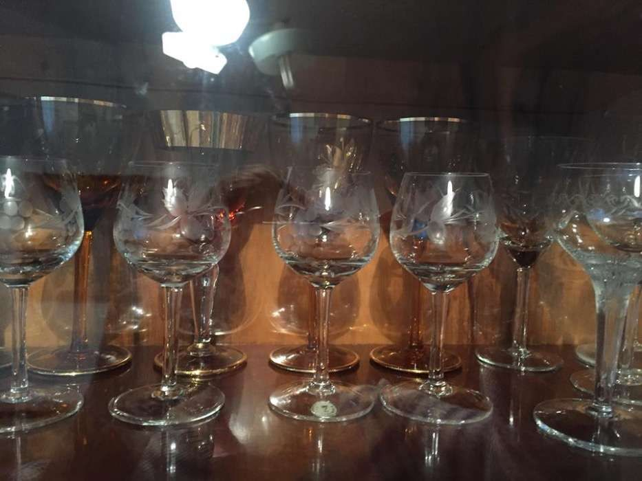Set 4 pahare sticla pentru coniac lichior visinata vin palinca 99 ron