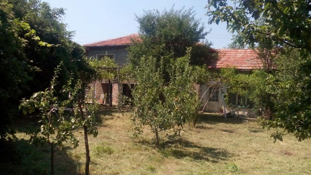 Къща в село Г.Сливово обл. Ловеч