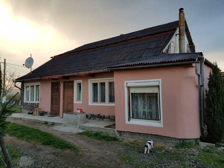 Casa si 55 arii teren la intrare in Reghin