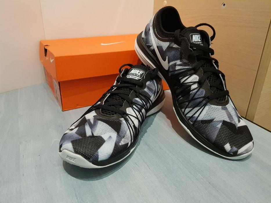 Adidasi Nike Training Dual Fusion Noi!!Originali 38