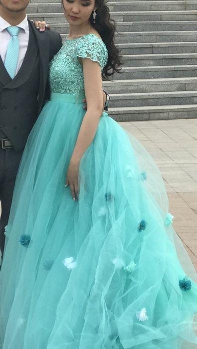 Платье на выпускной или на узату
