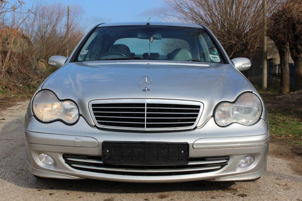 Mercedes W203 C220cdi Седан НА ЧАСТИ / Мерцедес В203