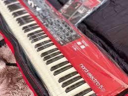 Piano nord Electro pro 5 a venda