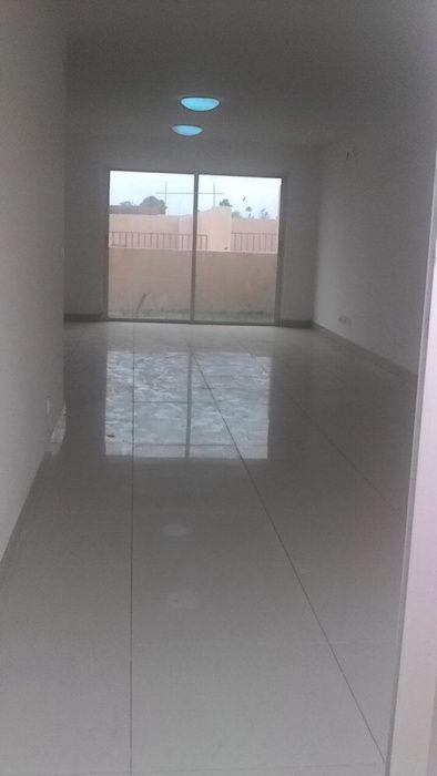 Vivenda T4 Condomínio Arco-íris em Camama