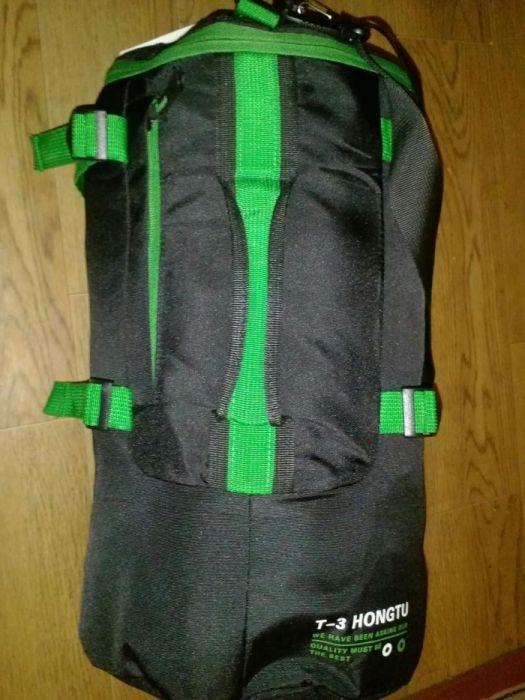 Сумка рюкзак для тренировок три способа ношения.