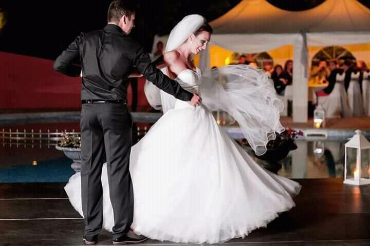 Булчинска/сватбена рокля по поръчка Julia Contogruni
