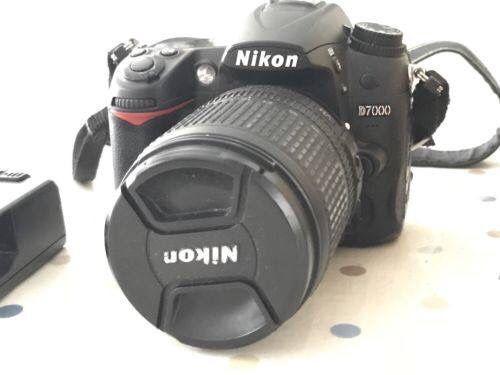 Camera Nikon D7000 semi nova