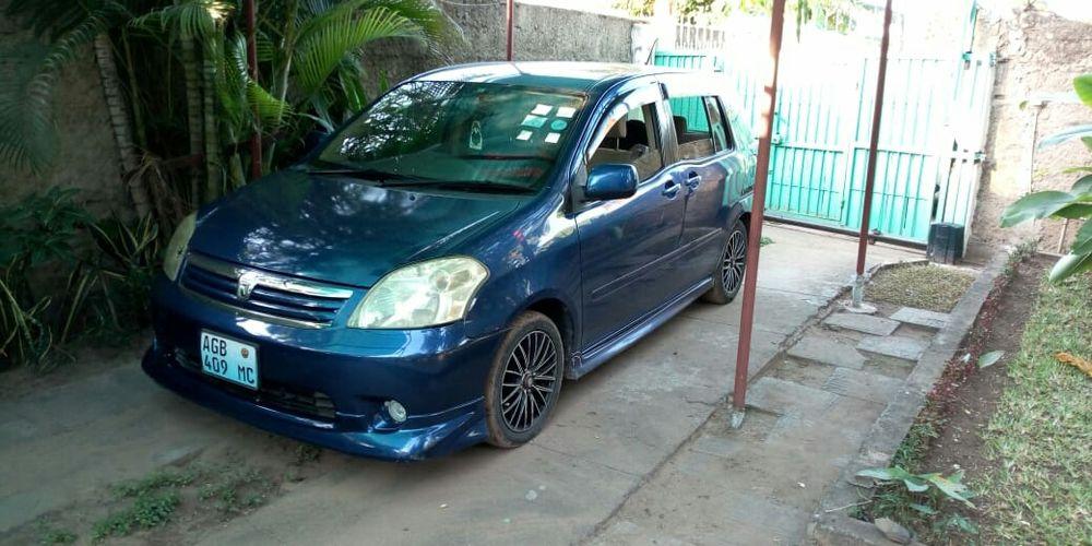 ToyotaRaum com Bodykit
