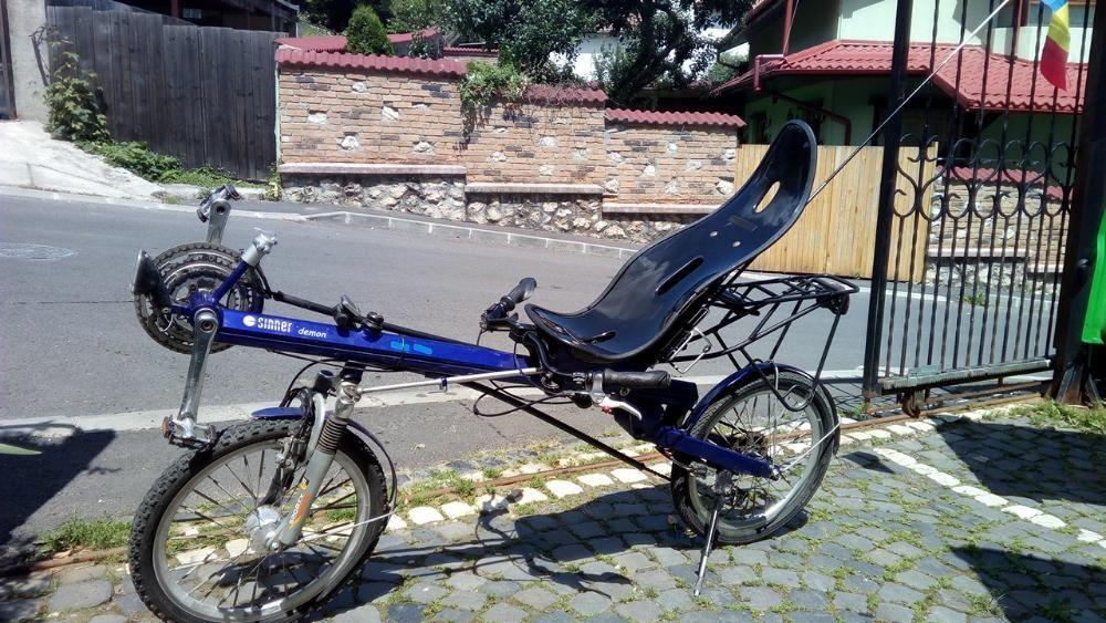 Bicicleta recumbent orizontala cadru aluminiu scaun carbon, suspension