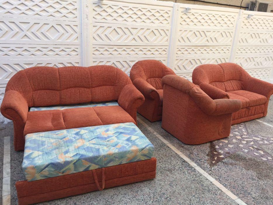 Canapea extensibila set 3+2+1+1+ tabureti