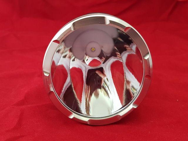 Далекобоен ръчен прожектор 2800m/ 650 000 cd( 1.5km) Cree XHP35 с