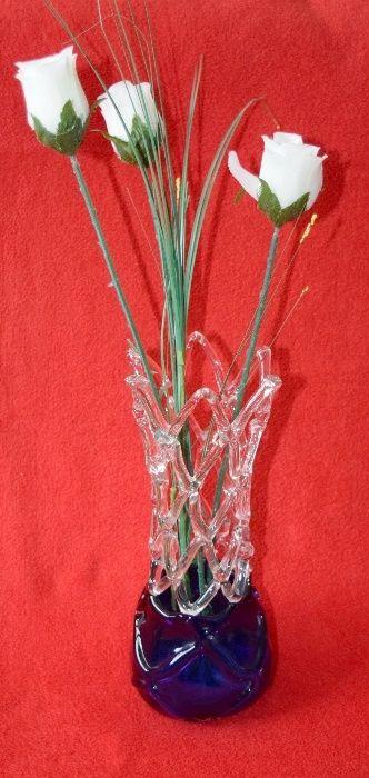Vaza crosetata din cristal
