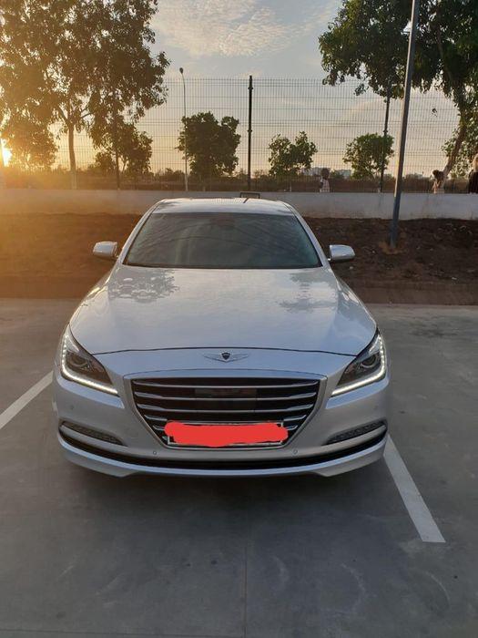 Hyundai Genenis