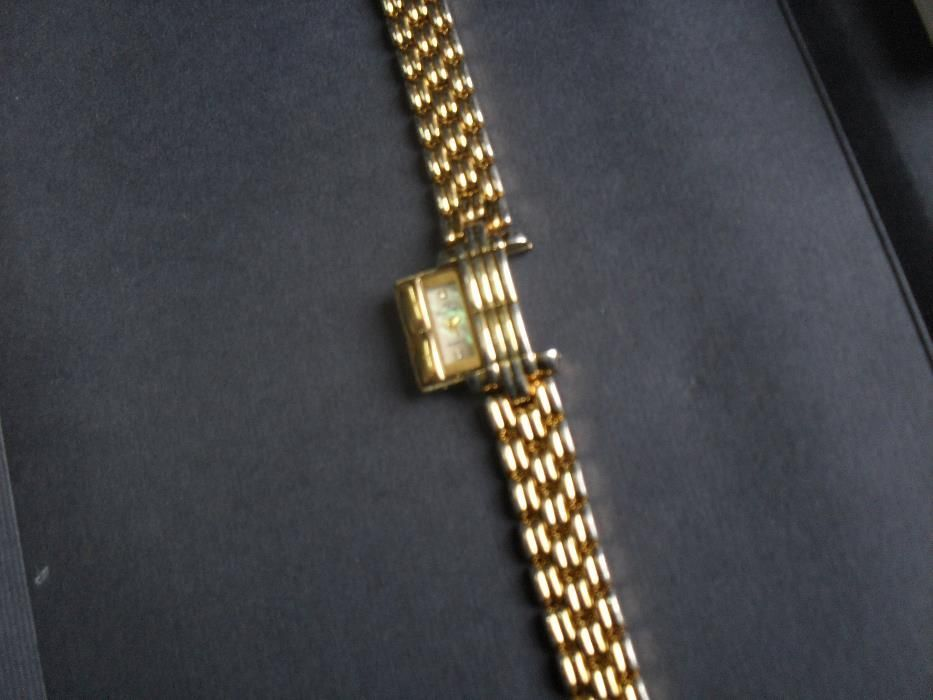 Позлатен дамски часовник Ever Swiss 18k